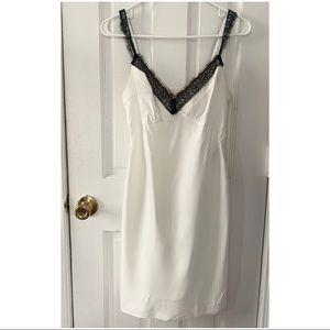 BRAND NEW Diane Von Furstenberg Sample Slip Size 2